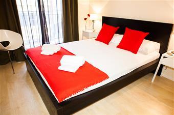 Habitación Doble con cama de matrimonio y wc privado