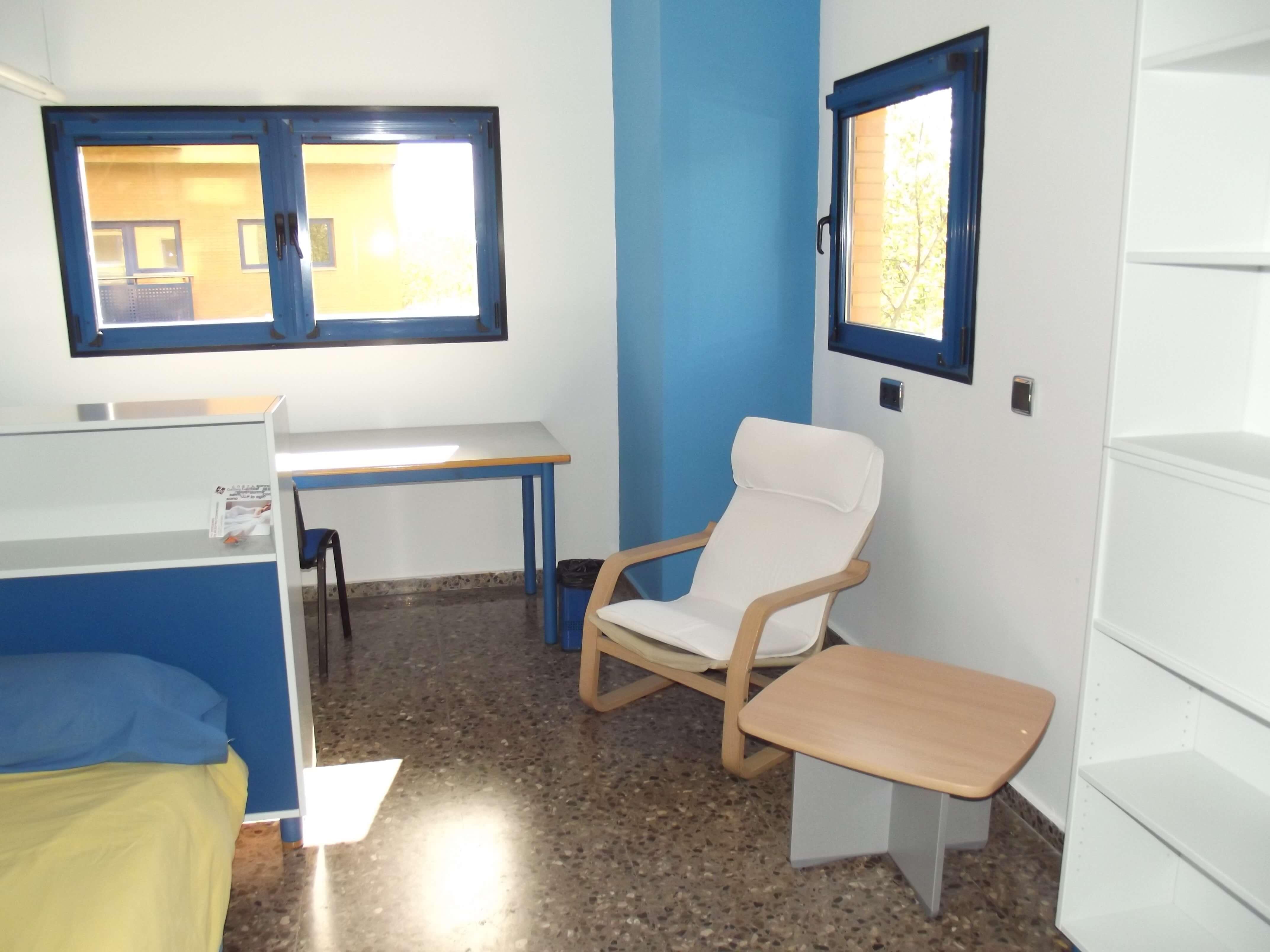 Habitación individual con baño privado