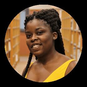 Lisa, colaboradora de organizaciones internacionales solidarias, se formará como diplomática con nosotros.