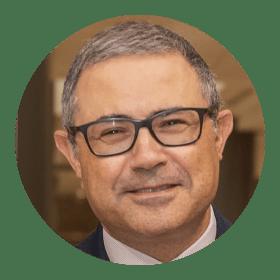 Emilio García propone re-humanizar la medicina en momentos de crisis sanitaria