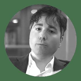 José Díez Verdejo, formado en Periodismo y Ciencias Políticas, trabaja en Bruselas como policy officer de la Comisión Europea
